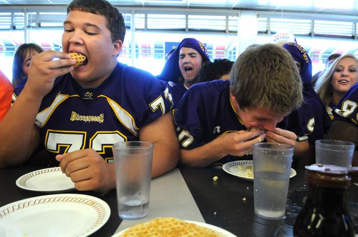 WAFFLE EATING | Andrew Craft